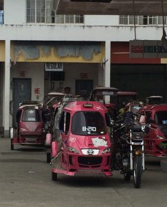 Hello Kitty Tricycle aus der Stadt Baloan auf den Philippinen